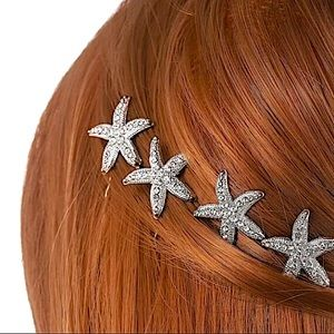 4 piece embellished Silver starfish hair clip set